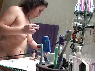 Smoking Progenitrix Caught on Step-Sons Spy Camera - ALHANA WINTER - Ban Training