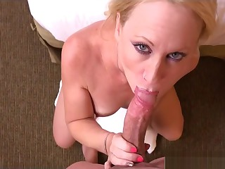 Unintentional Step-Mom Bonnie Gives Blowjob Sweet Say doll-sized to Lady