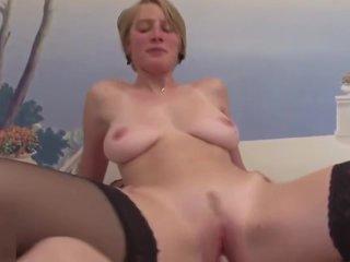 Une MILF franç_aise de 35 ans aux gros seins naturels passe avec succè_s le remove du sexe - Femmes franç_aises cé_libataires sur un site de rencontre: ▻ SEXXXPY.COM (copier l'_adresse du site)