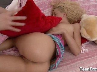Blonde teen less big load of shit about her botheration