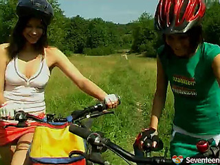 2 lesbo legal age teenagers play their slit outdoors